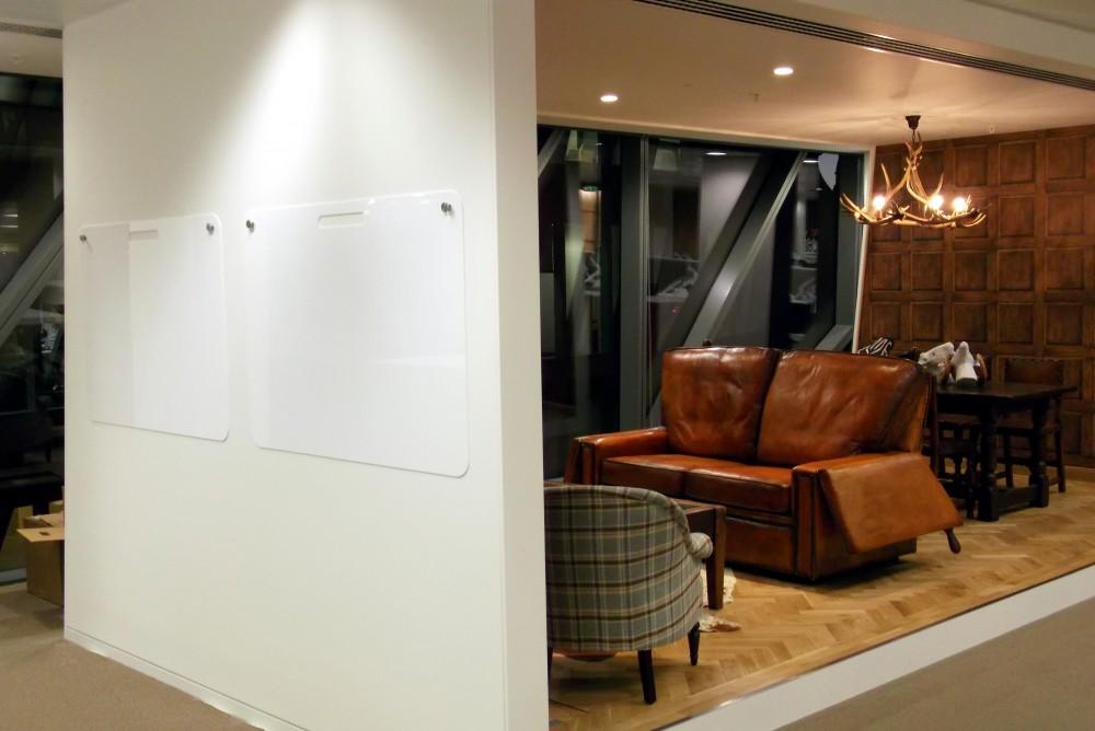 Acrylic Whiteboard 4