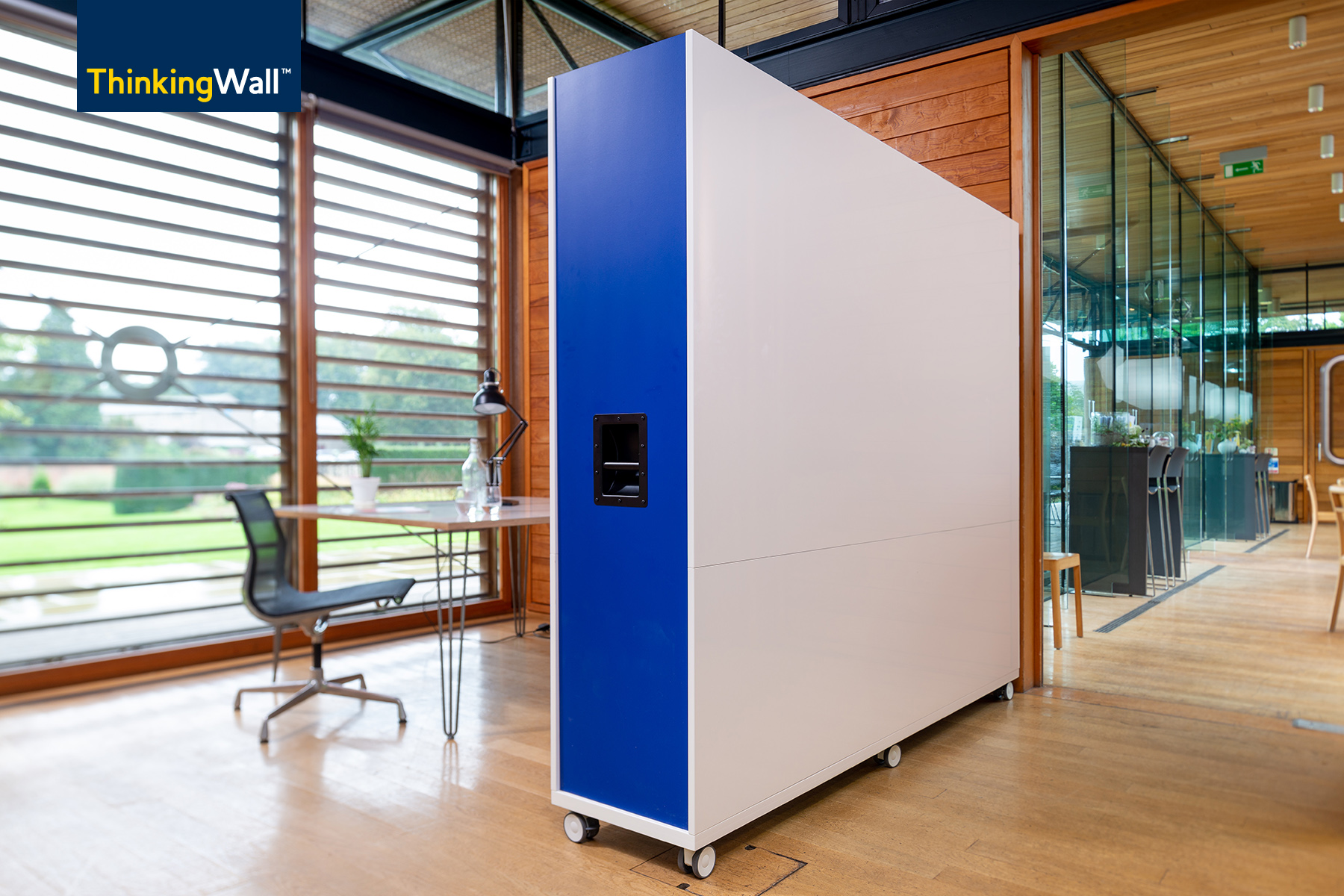 ThinkingWall Divider mobile whiteboard wall